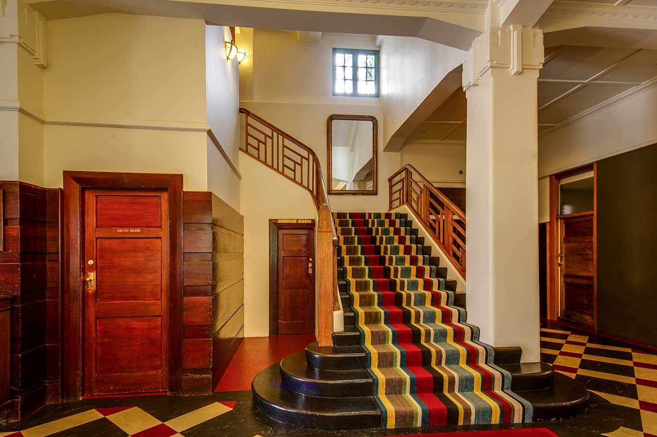 Art deco masonic hotel images napier accommodation for Hotel foyer decor